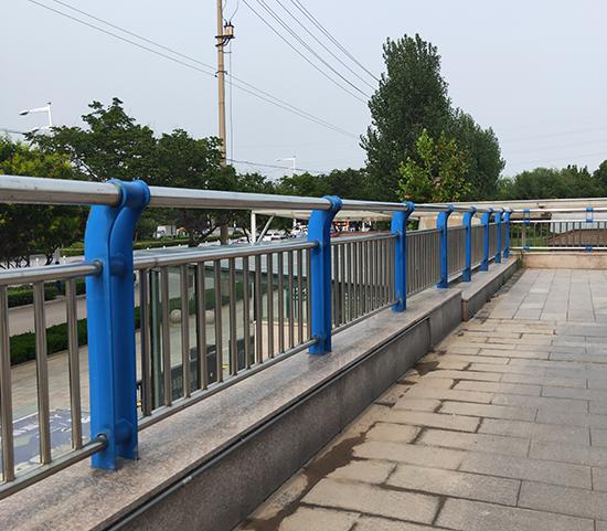 不锈钢复合管栏杆